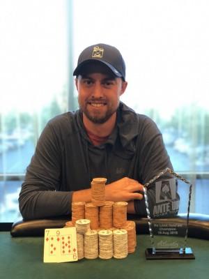 Sean Barker wins Event #2 of Ante Up Poker Tour at Atlantis